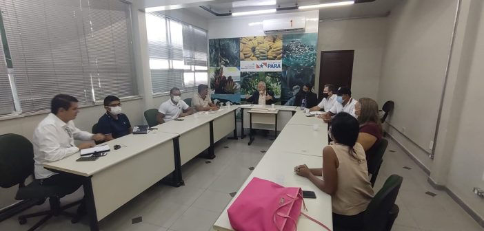 Presidente da Câmara e vereadores se reúnem com o secretário de agricultura do Pará